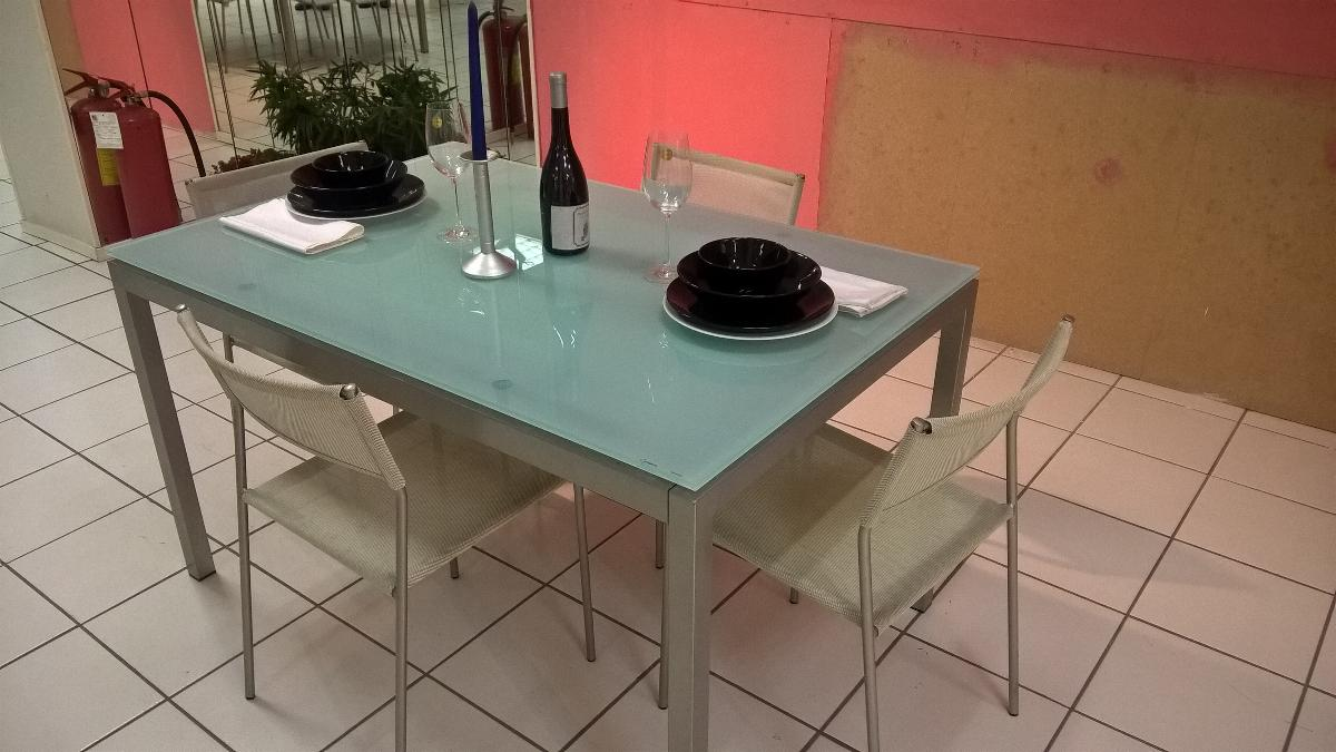 Tavoli e sedie fratelli cutini mobili srl roma for Outlet sedie roma